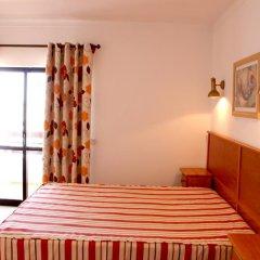 Отель Mirachoro III сейф в номере