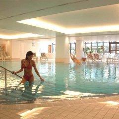 Отель Hilton Prague бассейн фото 2