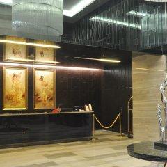 Q - City Hotel бассейн