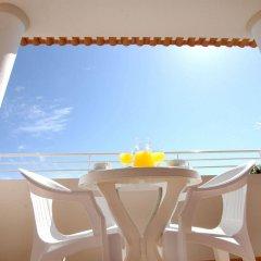 Отель Clube Porto Mos Португалия, Лагуш - отзывы, цены и фото номеров - забронировать отель Clube Porto Mos онлайн балкон