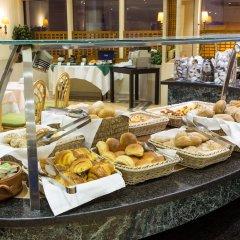 Отель Holiday Inn Lisbon питание фото 3