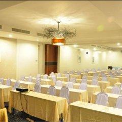 Отель Flipper House Паттайя помещение для мероприятий