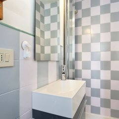 Отель Romantico Oltrarno Италия, Флоренция - отзывы, цены и фото номеров - забронировать отель Romantico Oltrarno онлайн ванная