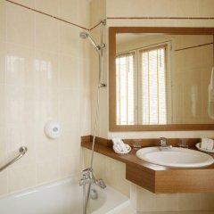 Отель Apollinaire Франция, Париж - отзывы, цены и фото номеров - забронировать отель Apollinaire онлайн ванная