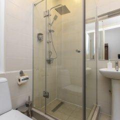 Отель H'otello Грузия, Тбилиси - отзывы, цены и фото номеров - забронировать отель H'otello онлайн ванная