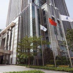 Отель The Ritz Carlton Guangzhou Гуанчжоу вид на фасад