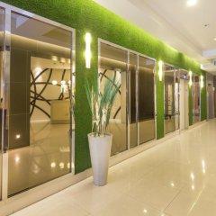 Отель Legacy Express Sukhumvit by Compass Hospitality интерьер отеля