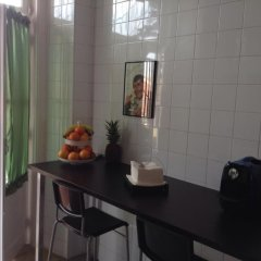 Отель Foreign Friend Guesthouse Lisbon в номере