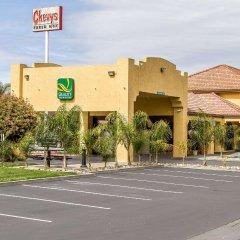 Отель Quality Inn & Suites Гилрой парковка