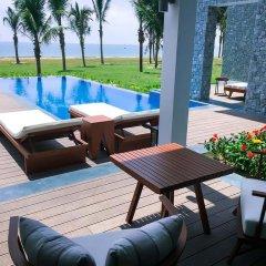 Отель Vinpearl Resort & Spa Hoi An бассейн фото 2