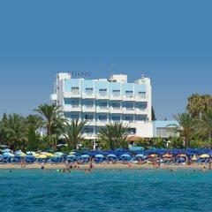 Okeanos Beach Hotel пляж