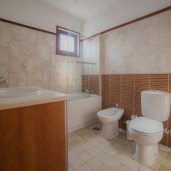 Отель Marina Buzios by Garvetur Португалия, Виламура - отзывы, цены и фото номеров - забронировать отель Marina Buzios by Garvetur онлайн ванная