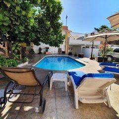 Отель Dos Mares Мексика, Кабо-Сан-Лукас - отзывы, цены и фото номеров - забронировать отель Dos Mares онлайн бассейн