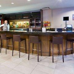 Отель Holiday Inn Vancouver Centre Канада, Ванкувер - отзывы, цены и фото номеров - забронировать отель Holiday Inn Vancouver Centre онлайн гостиничный бар