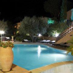 Отель Athénopolis бассейн
