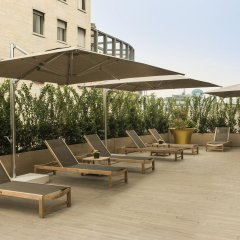 Отель The Rosa Grand Milano - Starhotels Collezione бассейн