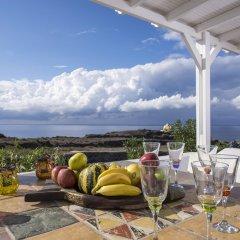 Отель Oia Sunset Villas Греция, Остров Санторини - отзывы, цены и фото номеров - забронировать отель Oia Sunset Villas онлайн питание фото 2