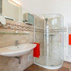 Отель Luxury Italian Lakes Villa With Private Pool, Gym, Bbq, Free Wifi, Lake Views Вербания ванная фото 2