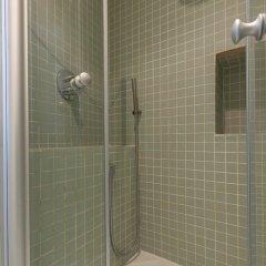 Отель Pompidou Hideaway Франция, Париж - отзывы, цены и фото номеров - забронировать отель Pompidou Hideaway онлайн ванная