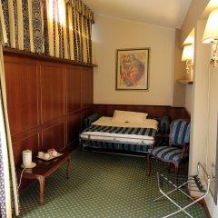 Santa Barbara Hotel Сан-Донато-Миланезе комната для гостей