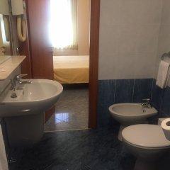 Отель Keb Hotel Италия, Милан - отзывы, цены и фото номеров - забронировать отель Keb Hotel онлайн ванная фото 2