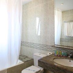 Отель Miramar Испания, Льорет-де-Мар - 2 отзыва об отеле, цены и фото номеров - забронировать отель Miramar онлайн ванная фото 2