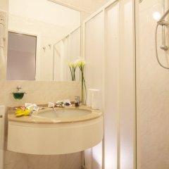 Hotel Levante Римини ванная