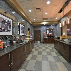 Отель Hampton Inn & Suites Columbia/Southeast-Fort Jackson питание фото 2