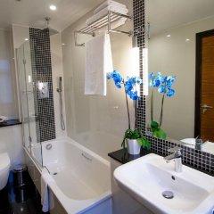 Отель Wellington Hotel by Blue Orchid Великобритания, Лондон - 1 отзыв об отеле, цены и фото номеров - забронировать отель Wellington Hotel by Blue Orchid онлайн ванная фото 2