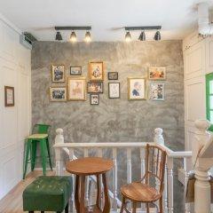 Ratana Boutique Hostel Бангкок гостиничный бар
