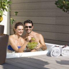 Отель Artemide бассейн фото 3