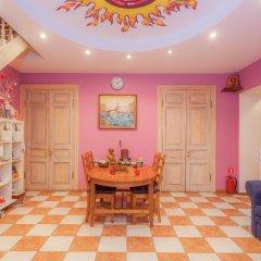 Апартаменты Italian Rooms and Apartments Pio on Mokhovaya 39 развлечения