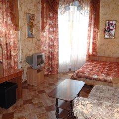 Гостиница Alina в Анапе отзывы, цены и фото номеров - забронировать гостиницу Alina онлайн Анапа комната для гостей фото 3