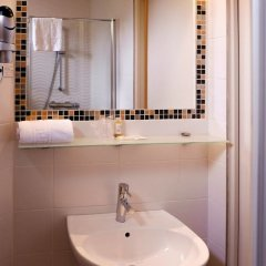 Отель Terminus Orleans Франция, Париж - 1 отзыв об отеле, цены и фото номеров - забронировать отель Terminus Orleans онлайн ванная