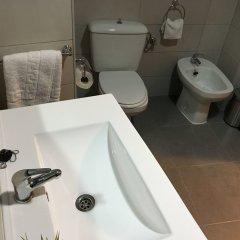 Отель Living Valencia Ayuntamiento Валенсия ванная фото 2