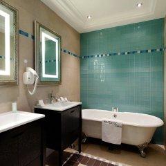Majestic Hotel - Spa Paris ванная фото 3