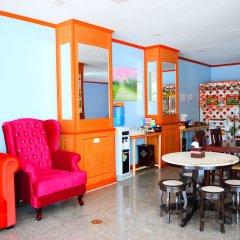 Отель Phaithong Sotel Resort гостиничный бар