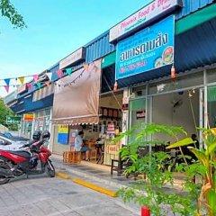 Отель Baron Residence Бангкок парковка