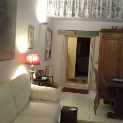 Отель Portico D'ottavia Luxury & Home Philosophy Италия, Рим - отзывы, цены и фото номеров - забронировать отель Portico D'ottavia Luxury & Home Philosophy онлайн комната для гостей фото 2