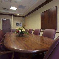 Отель Hampton Inn & Suites Columbus/University Area