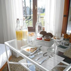 Отель B&B Giardino Jappelli (Villa Ca' Minotto) Италия, Роза - отзывы, цены и фото номеров - забронировать отель B&B Giardino Jappelli (Villa Ca' Minotto) онлайн питание