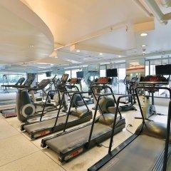Siri Sathorn Hotel фитнесс-зал