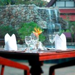 Отель Holiday Villa Ланта питание