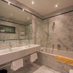 Отель Europa Splendid Италия, Горнолыжный курорт Ортлер - отзывы, цены и фото номеров - забронировать отель Europa Splendid онлайн ванная фото 2