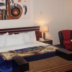 Отель Charlies Place And Suite комната для гостей фото 5
