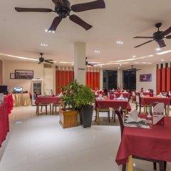 Отель Reveries Diving Village, Maldives питание фото 2