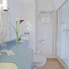 Отель -Hotel Hamburg Mitte Германия, Гамбург - 4 отзыва об отеле, цены и фото номеров - забронировать отель -Hotel Hamburg Mitte онлайн ванная