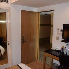 Отель Palace Heights Индия, Нью-Дели - отзывы, цены и фото номеров - забронировать отель Palace Heights онлайн сейф в номере