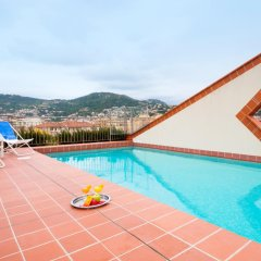 Отель Aparthotel Adagio Access Nice Acropolis Ницца бассейн