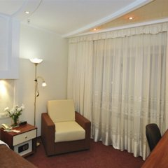 Гостиница Raziotel Kryvyi Rih комната для гостей фото 2